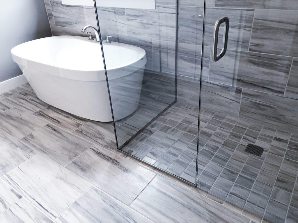 Bathroom Shower and Tub